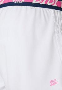 BIDI BADU - KARA TECH - Trikoot - white - 2