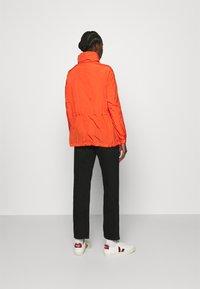 Calvin Klein - PACKABLE JACKET - Summer jacket - fiesta - 2