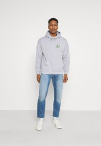 Mennace - JAPAN OVERHEAD HOODIE - Zip-up hoodie - grey - 1