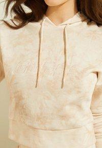 Guess - Sweatshirt - mehrfarbe rose - 3