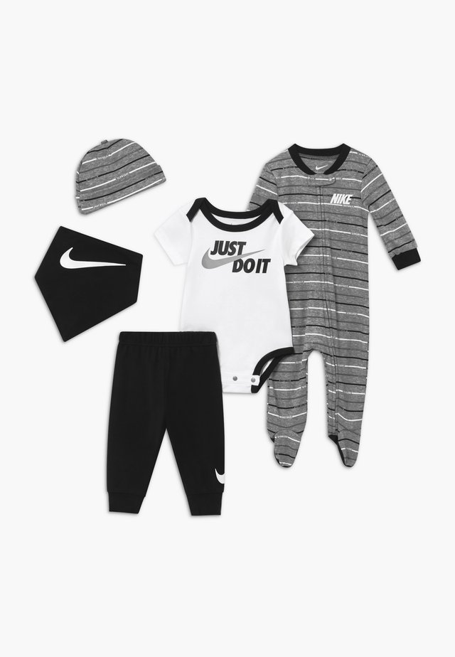 STRIPE SET - Čepice - black