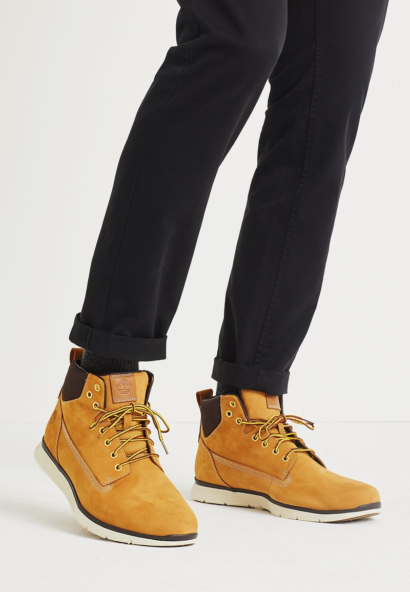 Timberland - KILLINGTON CHUKKA - Bottines à lacets - wheat