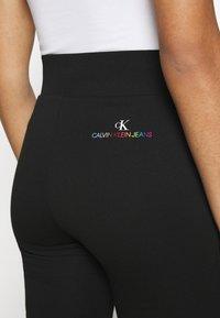 Calvin Klein Jeans - PRIDE CYCLING - Shorts - black - 3