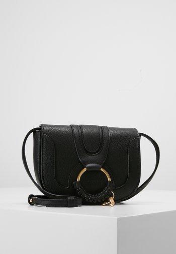 HANA - Across body bag - black