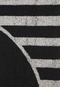 O'Neill - LOGO TOWEL - Telo da bagno - black out - 1