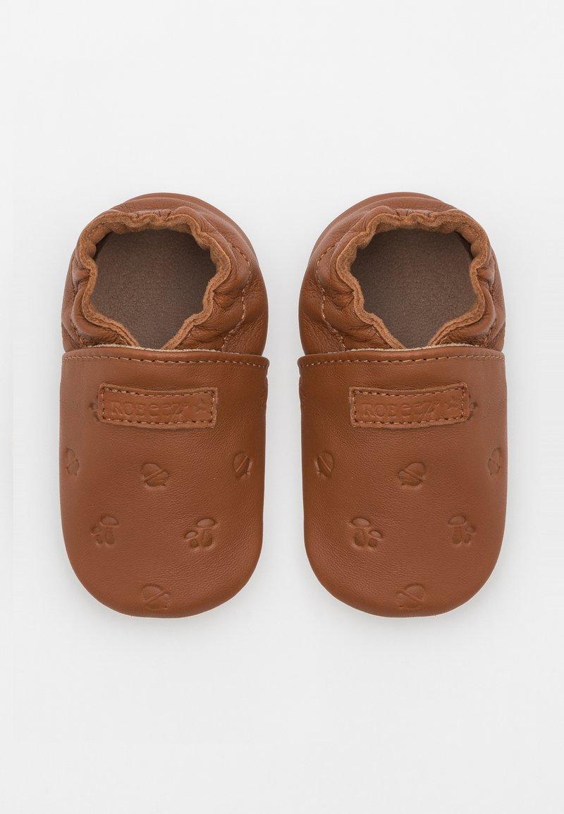 Robeez - MYWOOD UNISEX - First shoes - marron moka