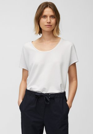 Basic T-shirt - white linen