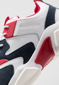 Tommy Hilfiger - CHUNKY MIX  - Sneakers - red - 5