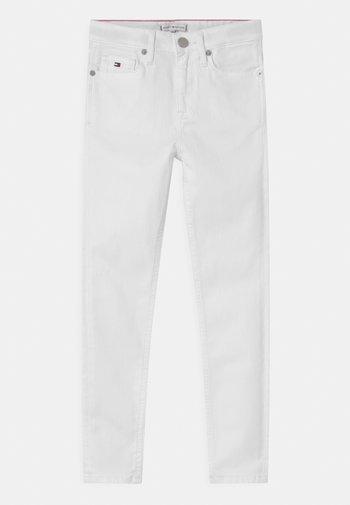SYLVIA SKINNY - Jeans Skinny Fit - bright white
