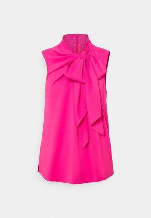 CESSA - Top - bright pink