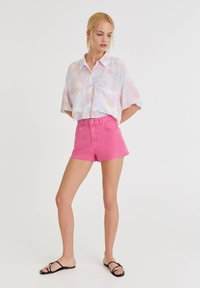 PULL&BEAR - MIT TIE-DYE - Button-down blouse - white - 1