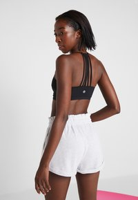 Cotton On Body - STRAPPY CROP - Soutien-gorge de sport - black - 2