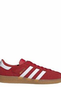 adidas Originals - Scarpe skate - red - 10