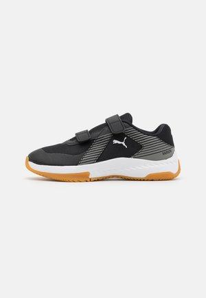 VARION JR UNISEX - Sports shoes - black/ultra gray