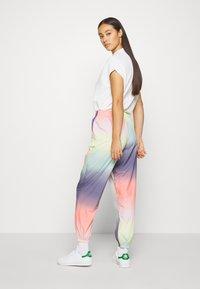 adidas Originals - TRACK PANT - Joggebukse - multicolor - 2