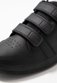 Nike Performance - PICO - Baskets basses - black - 2