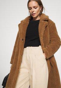 Oakwood - WONDERFUL - Cappotto invernale - brown - 3