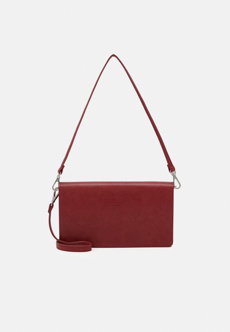 Even&Odd - Across body bag - red