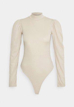 GISELE - Body - nude