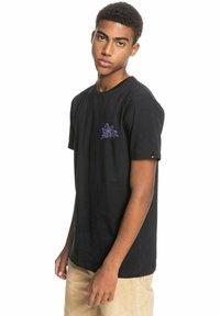 Quiksilver - Print T-shirt - black - 3