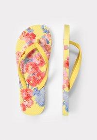 Tom Joule - JUNIOR - T-bar sandals - gelb geblümt - 1