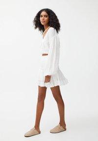 PULL&BEAR - Mini skirt - off-white - 3