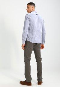 Scotch & Soda - STUART - Chino kalhoty - grey - 2