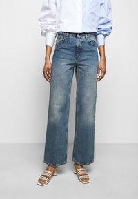 House of Dagmar - ALBA - Flared jeans - medium blue - 0