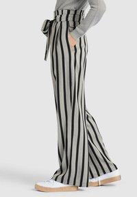 khujo - EIVOLA - Trousers - black grey - 3