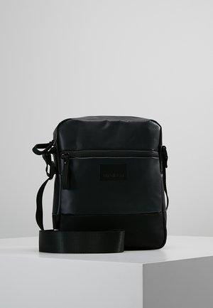 STOCKWELL - Across body bag - black