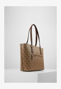 Guess - OPEN ROAD  - Bolso shopping - brown - 2
