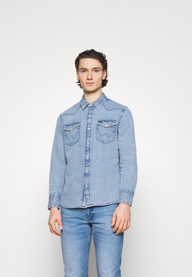 Wrangler - Shirt - light-blue denim