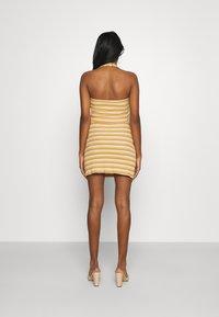 Glamorous - MAYA HALTER NECK CROP WITH SKIRT SET - Pencil skirt - yellow rust - 2