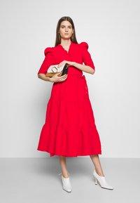 Hofmann Copenhagen - CIARA - Koktejlové šaty/ šaty na párty - fiery red - 1