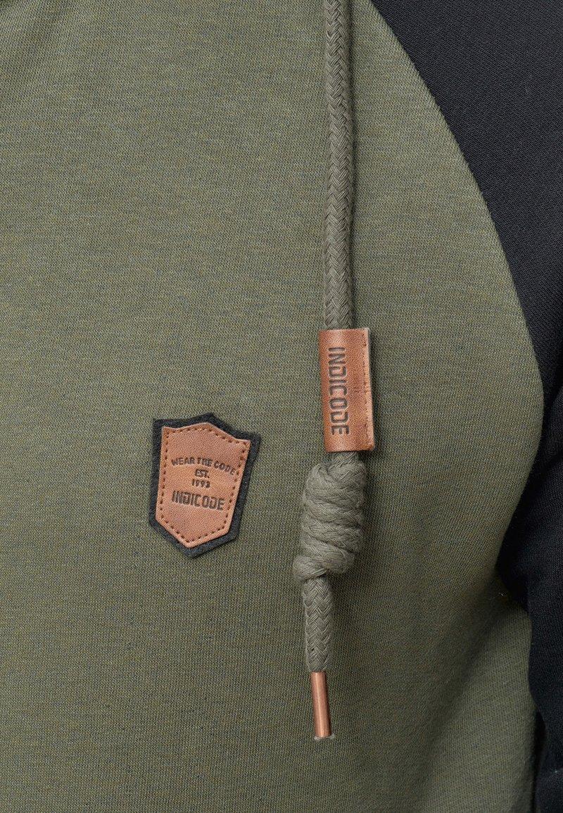 INDICODE JEANS ARBUTUS - Sweatjacke - army/dunkelgrün UK2VyJ