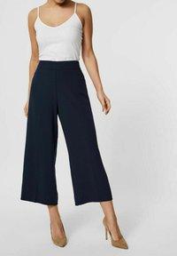 Vero Moda - Trousers - navy blazer - 3