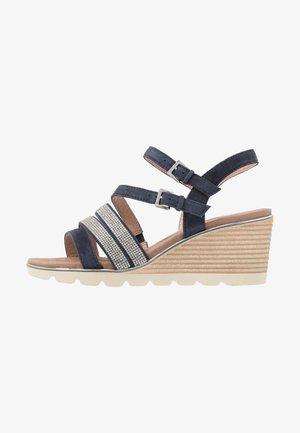 Wedge sandals - ocean
