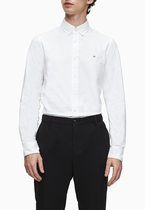 SLIM OXFORD - Formal shirt - calvin white