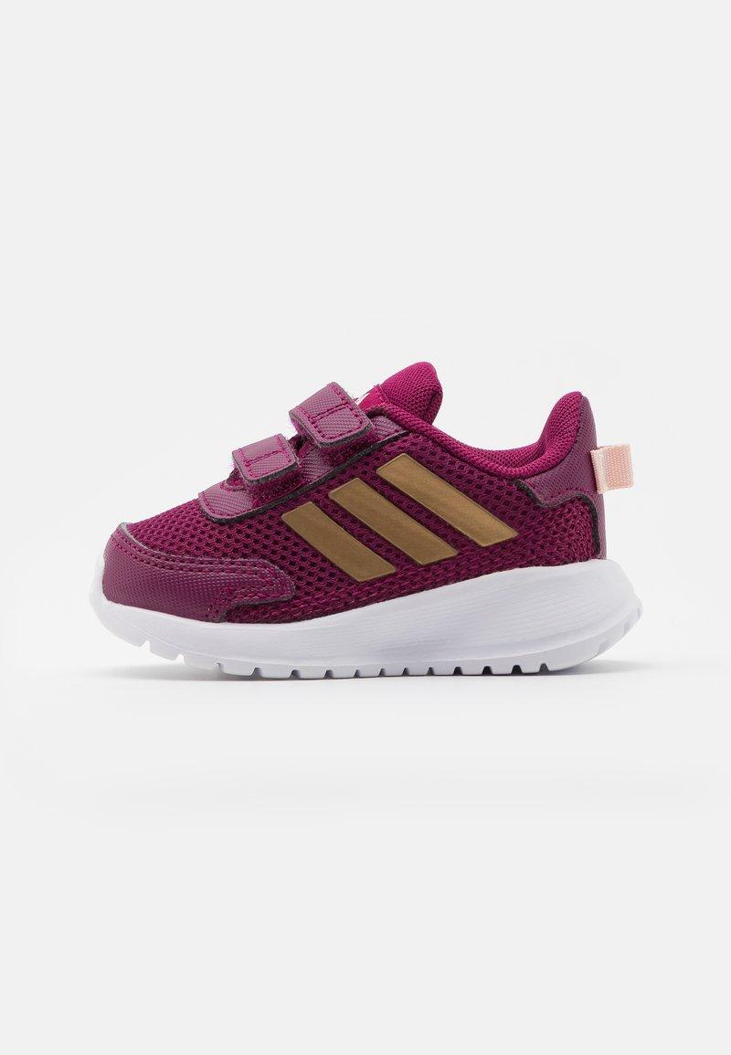 adidas Performance - TENSAUR RUN UNISEX - Obuwie do biegania treningowe - power berry/copper metallic/pink tint
