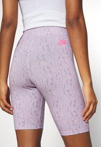 Nike Sportswear - FESTIVAL BIKE  - Kraťasy - iced lilac/digital pink - 3