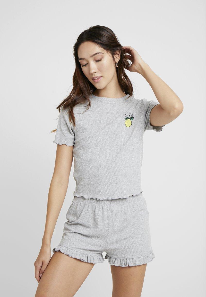 Topshop - BITTER SWEET SET - Pyjama - grey