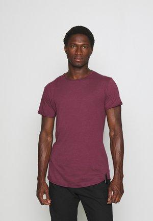ALAIN - T-shirt basic - zinfhandel