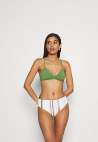 Roxy - Bikini top - vineyard green - 1