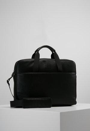 CLASSIC SLIM BRIEFCASE - Stresskoffert - black