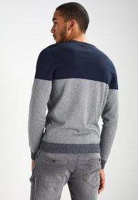 Pier One - Jumper - mottled grey/dark blue - 2