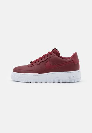 AIR FORCE 1 PIXEL - Baskets basses - team red/white