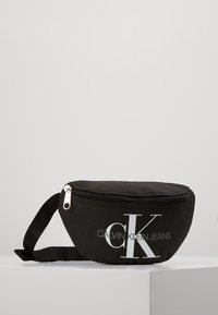 Calvin Klein Jeans - MONOGRAM WAIST PACK - Riñonera - black - 0