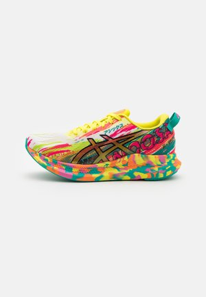 NOOSA TRI 13  - Competition running shoes - hot pink/sour yuzu