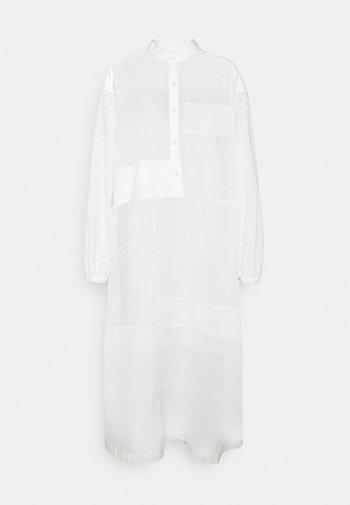 PACEY - Denní šaty - ivory