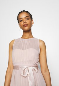 Nly by Nelly - SUCH A DREAM GOWN - Vestido de fiesta - dusty pink - 3